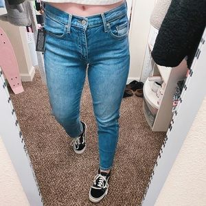 Brand new Straight Jeans